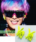 "G-DRAGON ""CRAYON"" ※ Ji wear rabbit earrings"