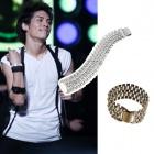 EXO, stud bracelet Jonghyun of shiny, worn