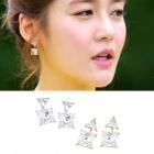 Healling Camp Seong Yu ri Swarovski Cubic Two way earrings