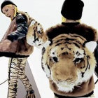 "* G-DRAGON is ""ONE OF A KIND"" Big hit unique items ~ became the many topics to wear in the MV! Tiger backpack"