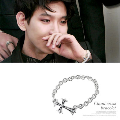 K POP idol star EXO style item! chain cross pandent Bracelet(2size)