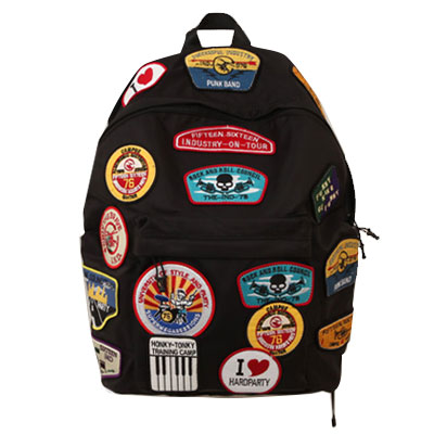 Fashionable street fashion style! SKULL POINT PATCH BACKPACK (KHAKI, BLACK, NAVY)