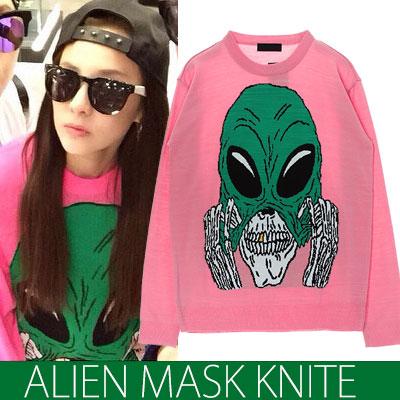 2ne1 Dara fashion icons in the style worn Instagram! Alien Mask KNIT (white, pink)
