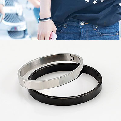 BTS/BRACELET SIMPLE LINE SURGICAL STAINLESS BRACELET