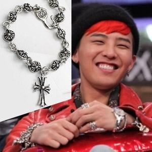 g-dragon of favorite brand Chrome Hearts st. cross bracelet