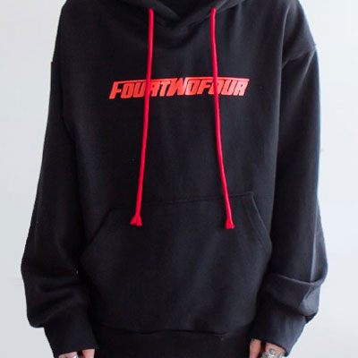 RED LETTERING BLACK PULL OVER