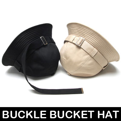 BUCKLE LONG STRAP BUCKET HAT