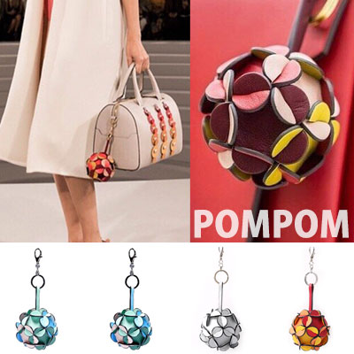 HIGH QUALITY BALL POMPOM KEY RING(RED/SILVER/GREEN/BLUE)
