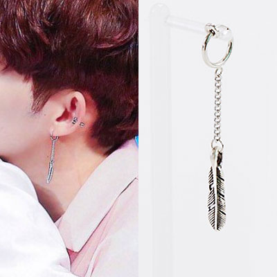 SEVENTEEN st)1EA/FEATHER CHARM PIERCE/EARRING
