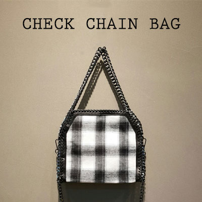 BLACK&WHITE CHECK CHAIN BAG