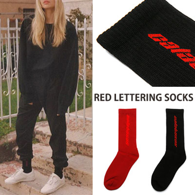 RED LETTERING SOCKS/2color