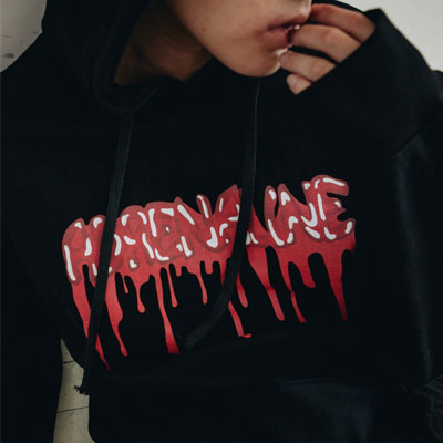 【2XADRENALINE】BLOODY LOGO HOOD TSHIRT - BLACK