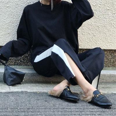 【FEMININE : BLACK LABEL】SLIT DETAIL TRACK PANTS (Black X White)