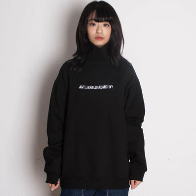 【2XADRENALINE】Brushed Back Hash Tag Turtleneck - BLACK