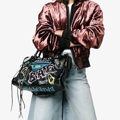 Kendall Jenner st. GRAFFITI PAINT SQUARE TOTE/SHOULDER BAG