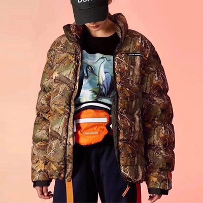 [UNISEX] FALLEN LEAVES CAMO PATTERN DOWN JACKET