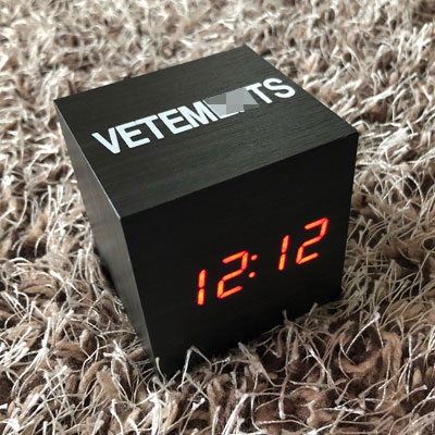WOOD SQUARE LED CLOCK