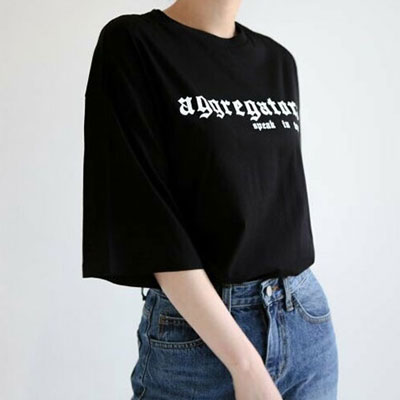 【FEMININE : BLACK LABEL】GOTHIC LOGO POINT SHORT SLEEVE T-SHIRTS-black ver.