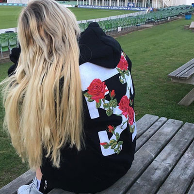 [Re-stock] ROSE EMBROIDERED POINT HOODIE(L/XL)