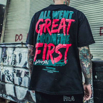 [UNISEX] GREAT FIRST RED LETTERING SHORT T-SHIRTS(2color)