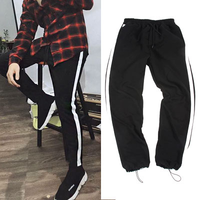 [UNISEX] WHITE SINGLE LINE JOGGER PANTS(2size)