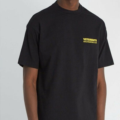 [UNISEX] YELLOW BACK LOGO PRINT SHORT SLEEVE TSHIRTS