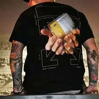 [UNISEX] BOOK&HAND PRINT SHORT SLEEVE TSHIRTS