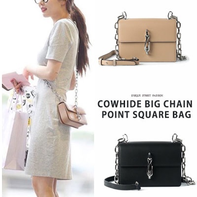 HyunA st. COWHIDE BIG CHAIN POINT SQUARE BAG(2color)