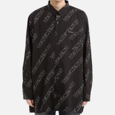 [UNISEX] CHIC BLACK LOGO PATTERN SHIRTS-black