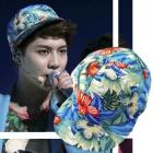 """SHINEE """"sketchbook"""" in wearing flower cap of Temin of (shiny) is a Yoo Hiyoru"""