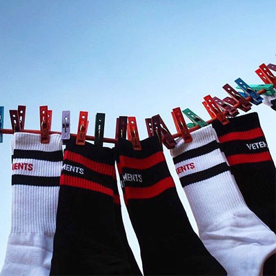 G-DRAGON,SANDARA ST.DOUBLE RED&WHITE LINE SOCKS