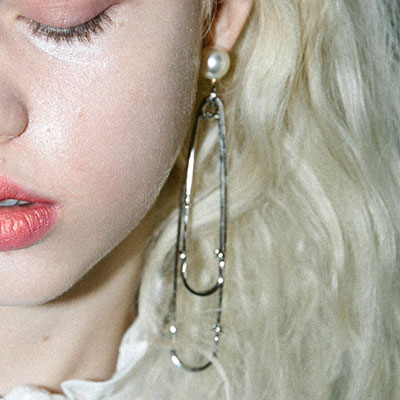 (Regular product )BLACK PINK JENNIE STYLE! PEARL DROP EARRING(GOLD/SILVER)