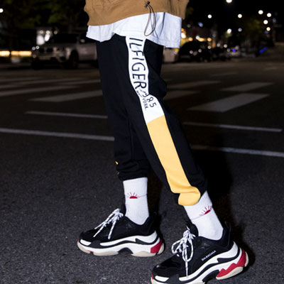 [UNISEX] YELLOW BLOCK LINE JOGGER PANTS