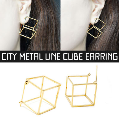CITY METAL LINE CUBE EARRING(2color)