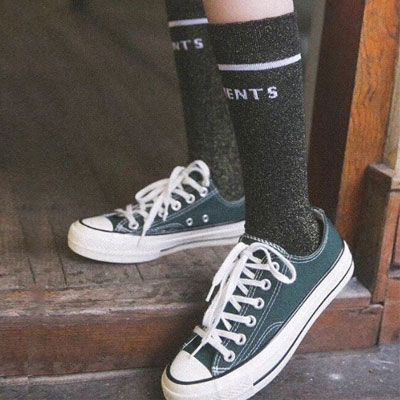 [WOMAN] SIMPLE LINE & LOGO PEARL SHINING SOCKS(3color)