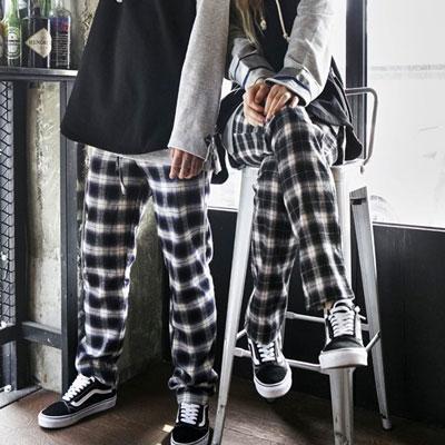 [UNISEX] [COTTON 100%] WHITE&BLACK CHECK WIDE PANTS