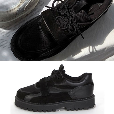 [25.0cm~28.0cm] WHITE/BLACK UGLY CIRCLE VELCRO SNEAKERS (2color)