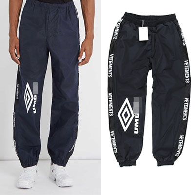 [UNISEX] ONE SIDE RHOMBUS PRINT BLACK JOGGER PANTS