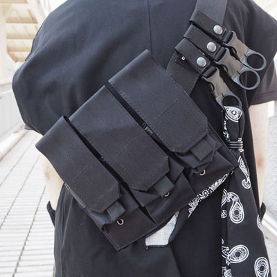 [UNISEX] BLACK MULTI POCKET BANDANA WAIST BAG