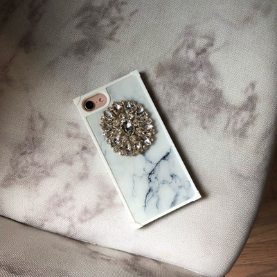 MARBLE CUBIC PHONE CASE(WHITE/BLACK)