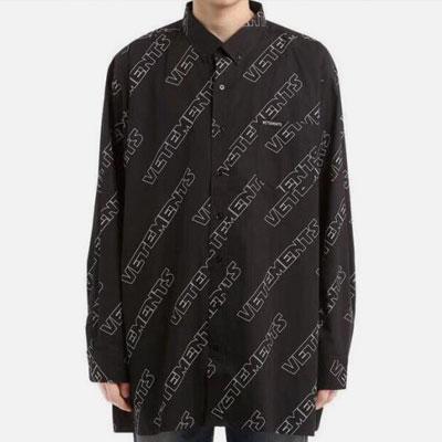 [UNISEX] CHIC BLACK LOGO PATTERN SHIRTS-black