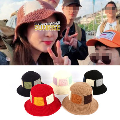 Sandara st. [HANDMADE] SQUARE PATCH KNIT BUCKET HAT(5color)