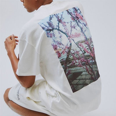 [UNISEX] ESSENTIALS FLOWER TSHIRT (2color)