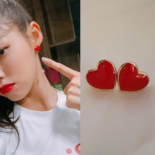 Seolhyun st. MINI HEART PIERCE